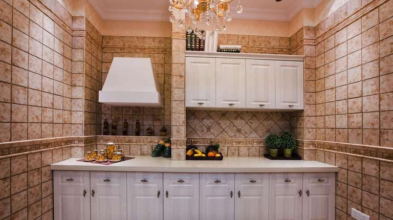 Tile doesn't have to stop at a backsplash.