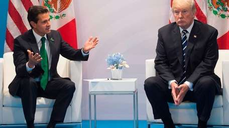 President Donald Trump and Mexican President Enrique Peña