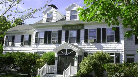 Village Latch Inn & Villas