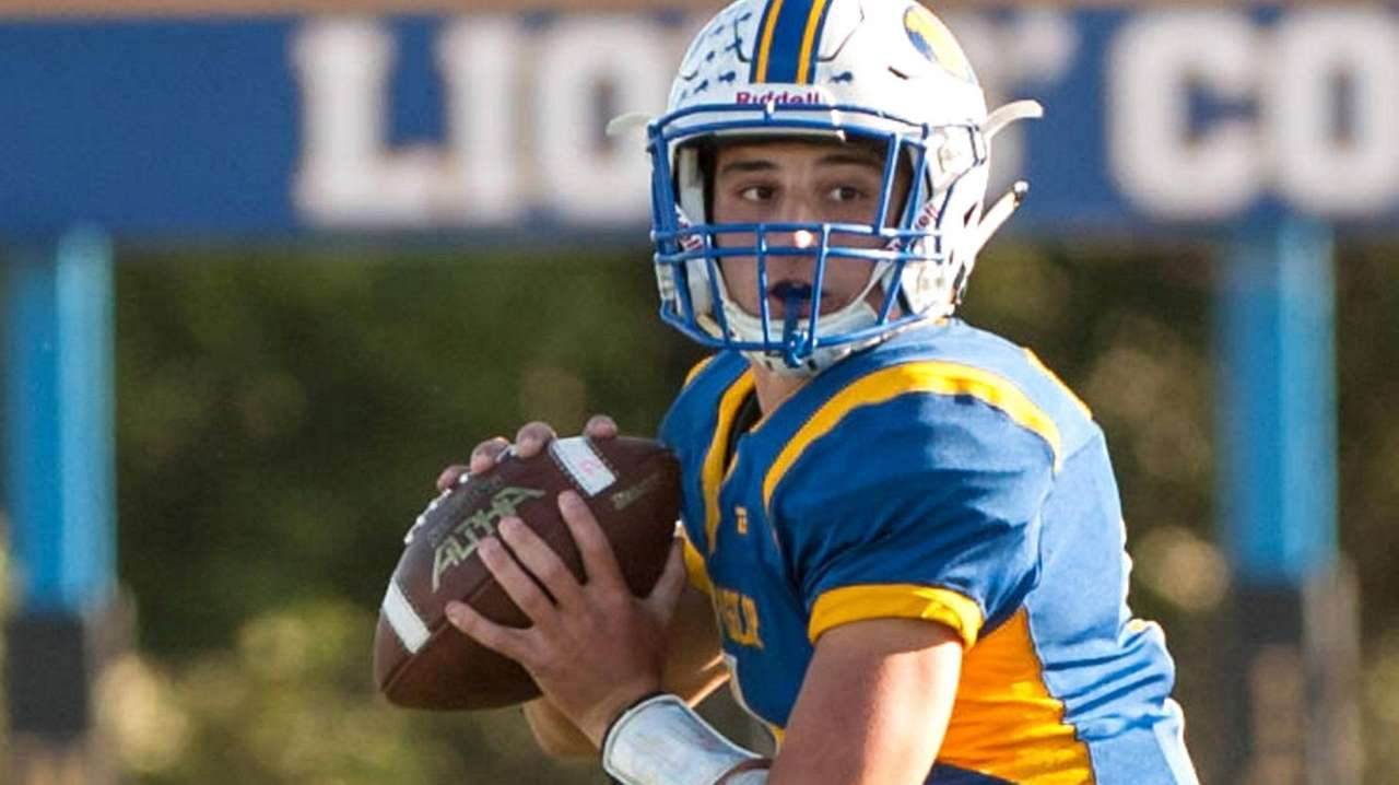 West Islip quarterback Mike LaDonna