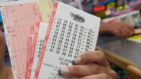 Lottery: Winning $1M Mega Millions ticket sold at Sag ...