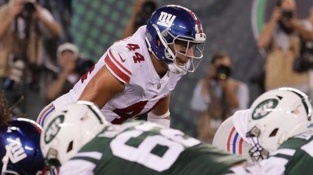 New York Giants linebacker Mark Herzlich #44 lines