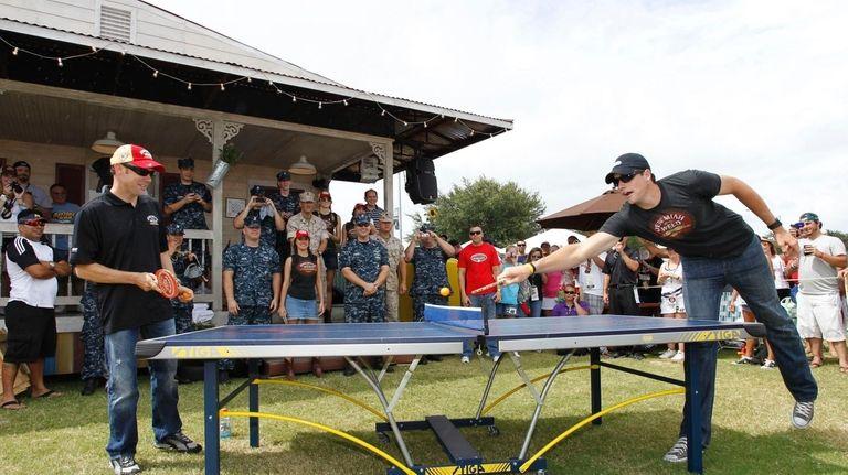 John Isner and Matt Kenseth play ping pong