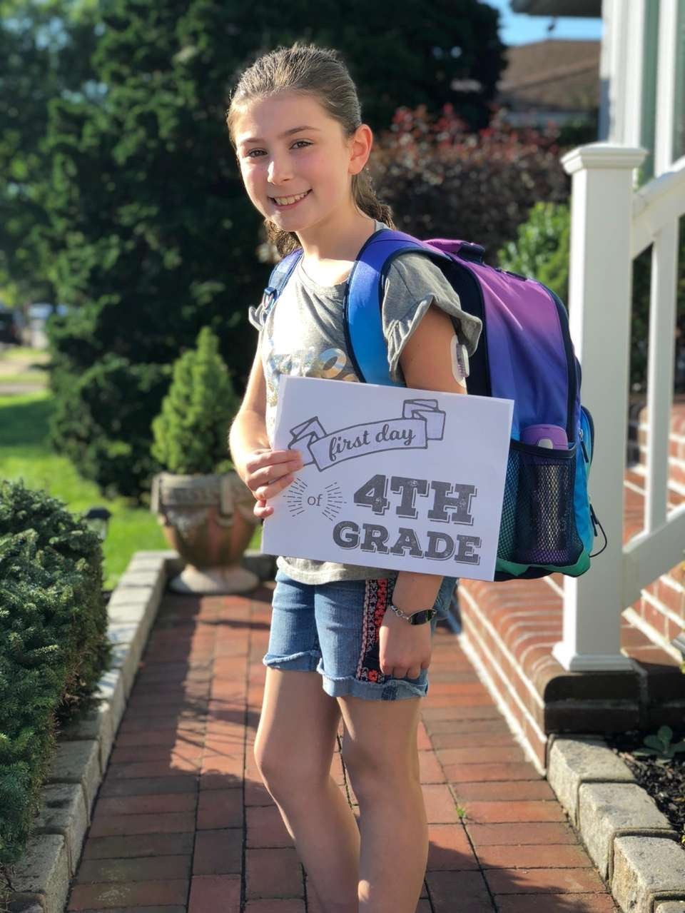 Olivia ready her first day of 4th grade