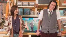 Catherine Keener  and Jim Carrey star in