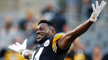 Steelers wide receiver Antonio Brown before a preseason