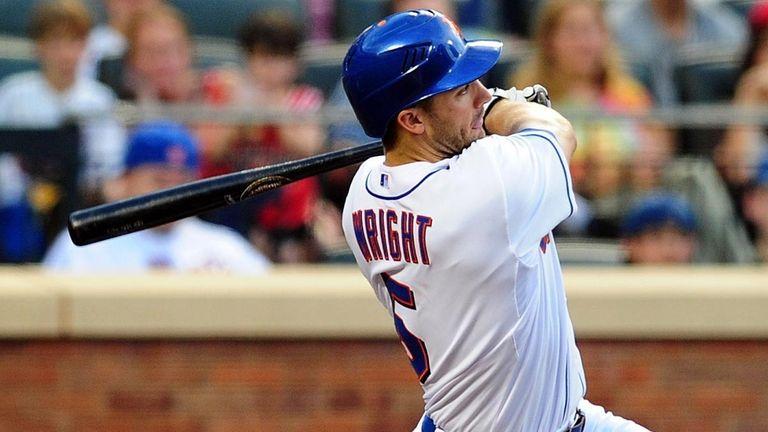 New York Mets David Wright knocks an RBI