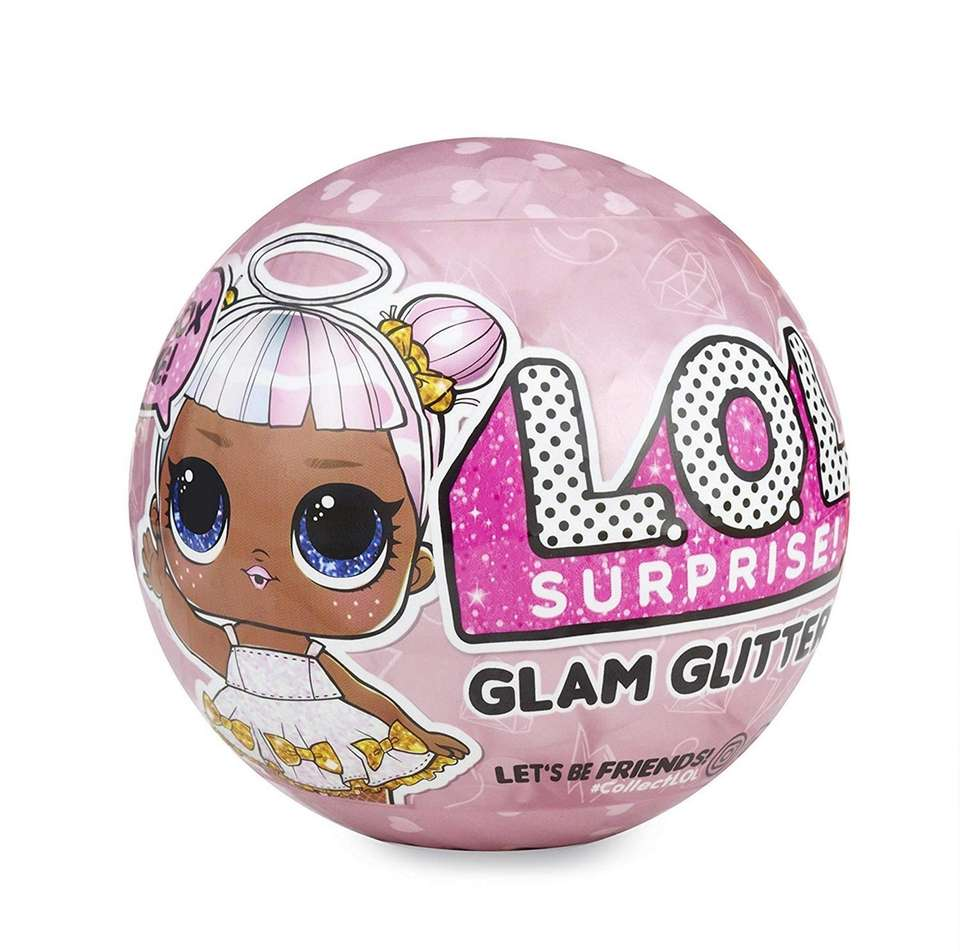 Reveal seven surprises with each L.O.L. Surprise! Glam