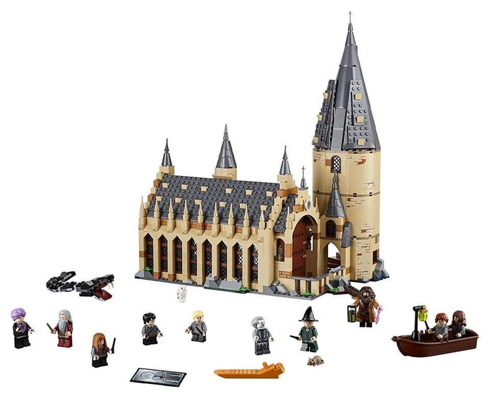 Build Hogwart''s Great Hall with this super detailed