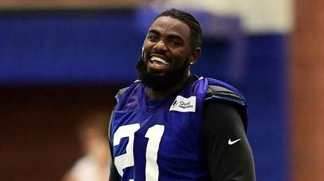 Landon Collins (21) of the Giants reacts during