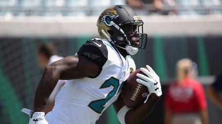 Leonard Fournette #27 of the Jacksonville Jaguars works