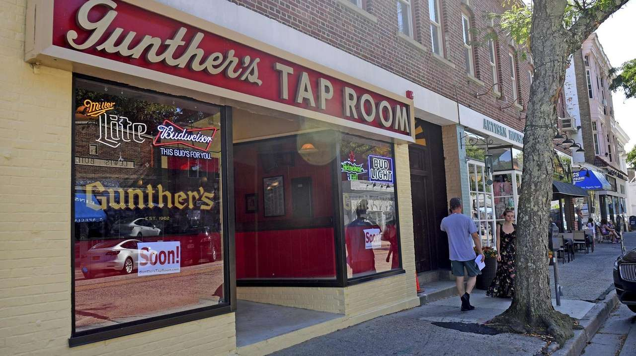 On Thursday, Gunther's Tap Room of Northport reopened,