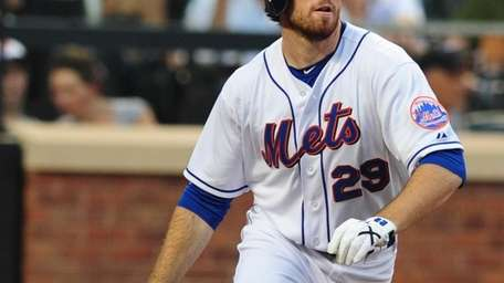 New York Mets Ike Davis at the plate