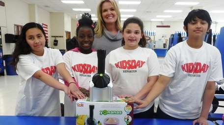 Kidsday reporters test a Yonanas maker with assistant