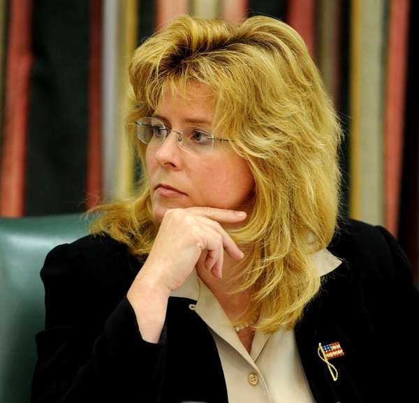 A file photo of then-Southampton town supervisor Linda