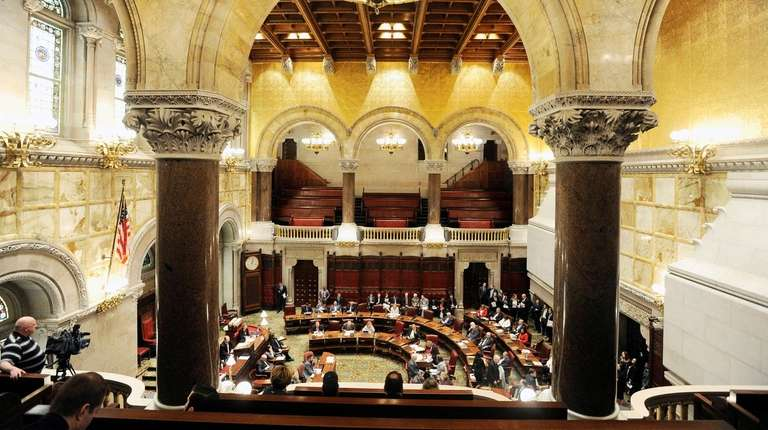 Members of the State Senate work on budget