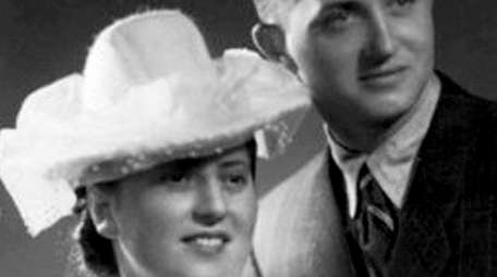 Annie Bleiberg with husband David Bleiberg on their
