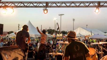 Memphis Crawl will perform at the 2018 Blues