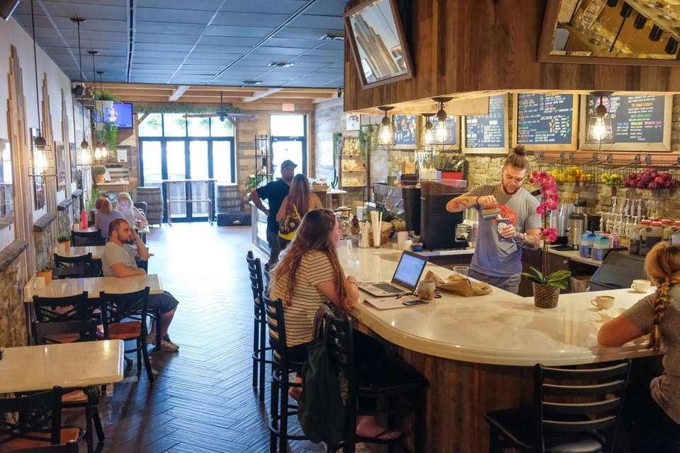 Where To Eat In Patchogue Restaurants Bakeries Bars And More