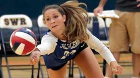 Glenn's outside hitter Mia Cergol (22) with the