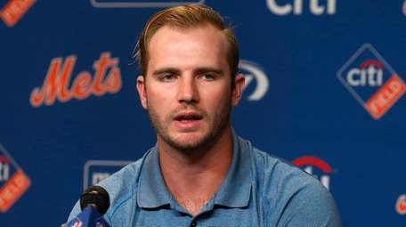 Mets prospect Peter Alonso speaks to the