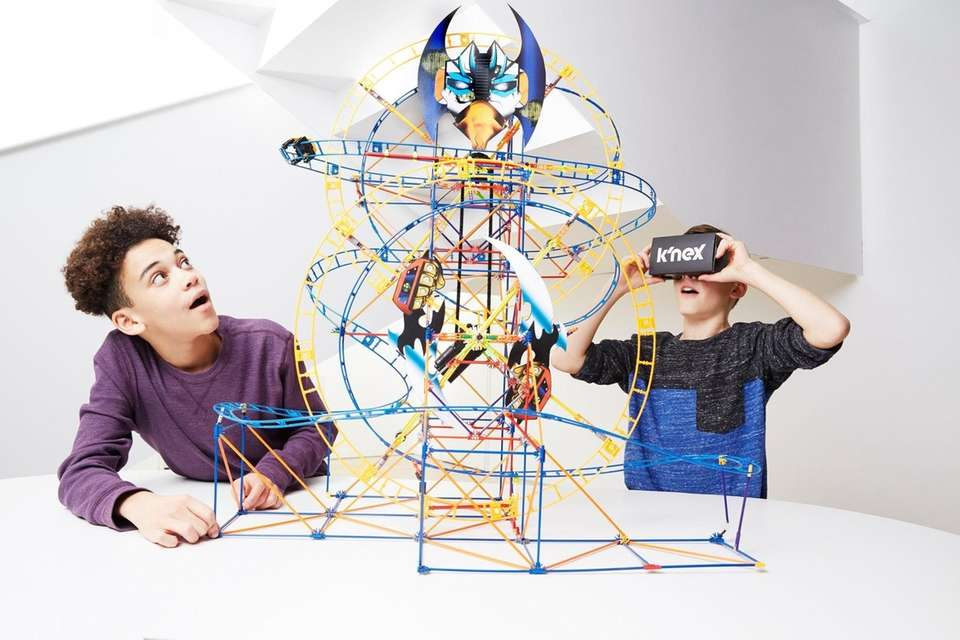 The K'NEX Thrill Rides Bionic Blast Building Set