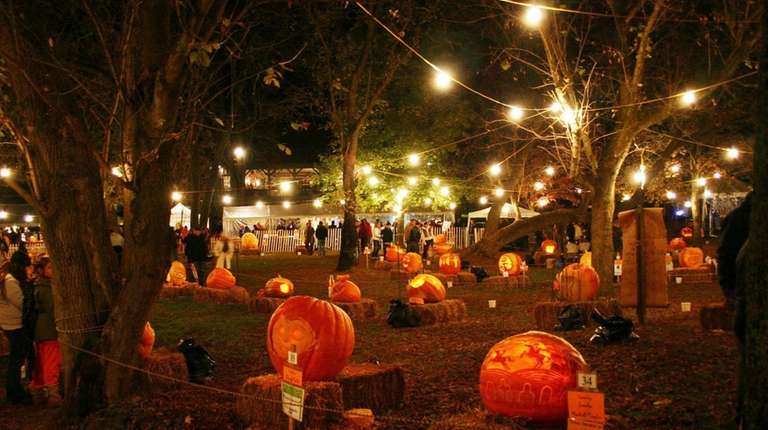 The Great Pumpkin Carve, hosted by Chadds Ford