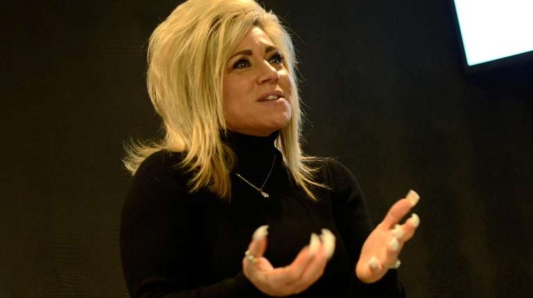 """Long Island Medium"" star  Theresa Caputo in"