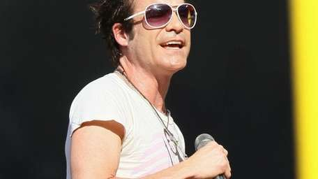Singer Patrick Monahan of Train perfroms during the