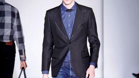 A Simon Spurr ensemble from his men�s Fall