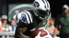 Jets wide receiver Terrelle Pryor makes the catch