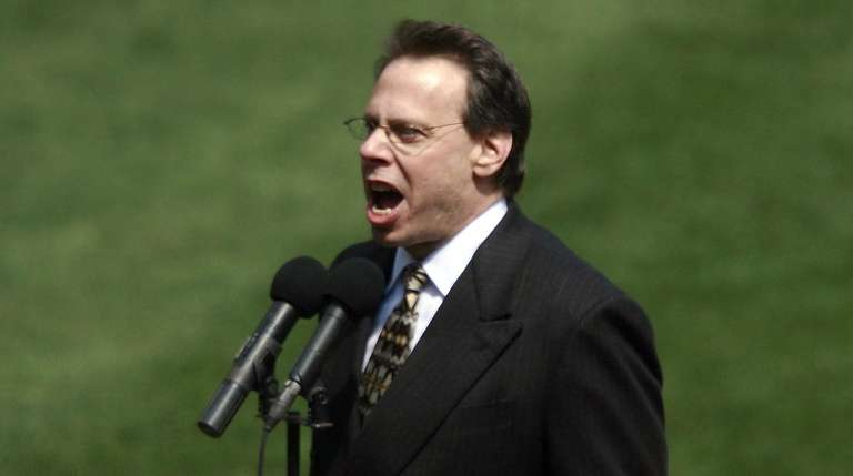 Mets radio announcer Howie Rose, seen at Shea