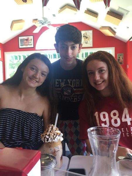 Cousins (Reese, Frankie & Shae) enjoying lunch at