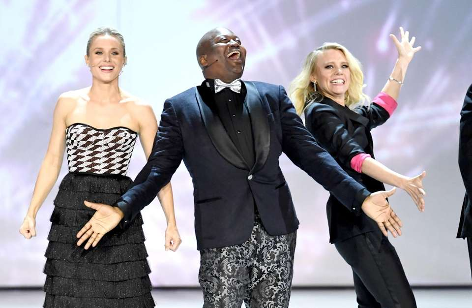 Kristen Bell, Tituss Burgess and Kate McKinnon perform