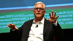 Sports Illustrated hosts former Yankee Bucky Dent at