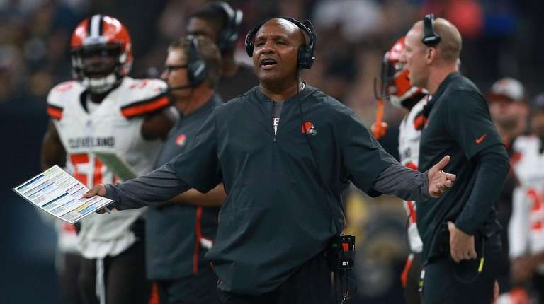 the latest 0b2b0 49775 Browns chose Baker Mayfield over Sam Darnold, but coach Hue ...