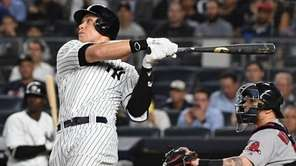 Yankees rightfielder Aaron Judge flies out during the