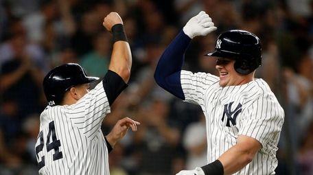 Luke Voit #45 of the New York Yankees