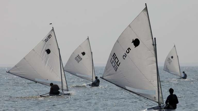 BLUE POINT, NY, July 18, 2010: Sailors participate