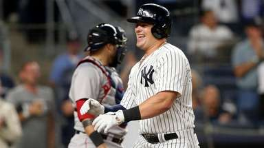 Luke Voit hit two home runs against Red