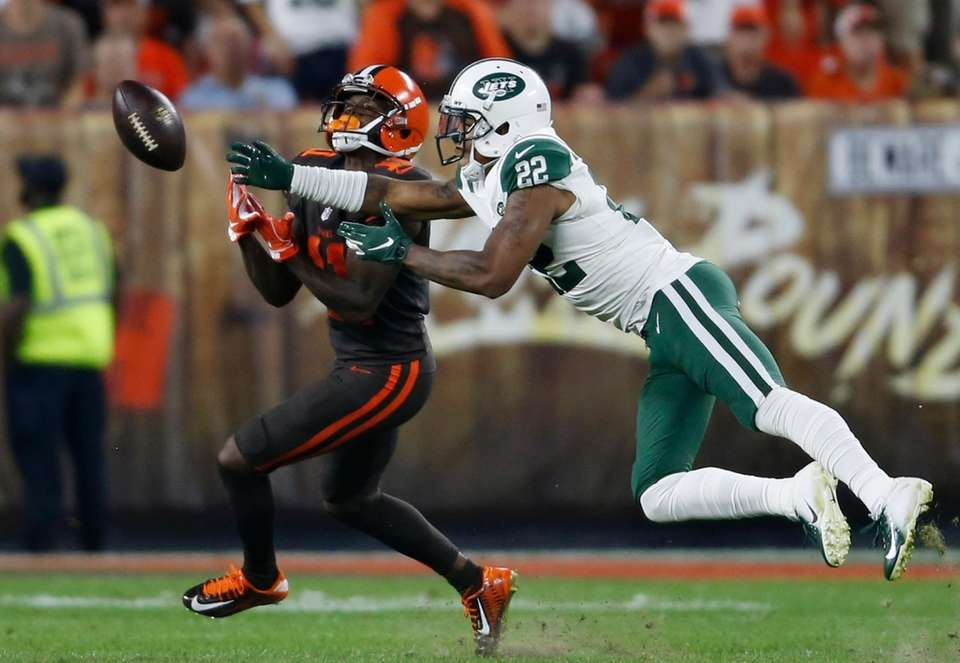 New York Jets defensive back Trumaine Johnson (22)