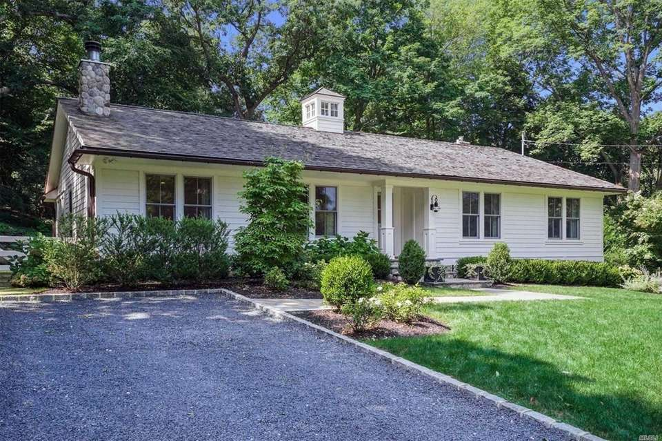 This Cold Spring Harbor ranch includes three bedrooms