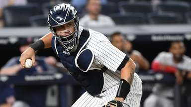 New York Yankees catcher Gary Sanchez looks to
