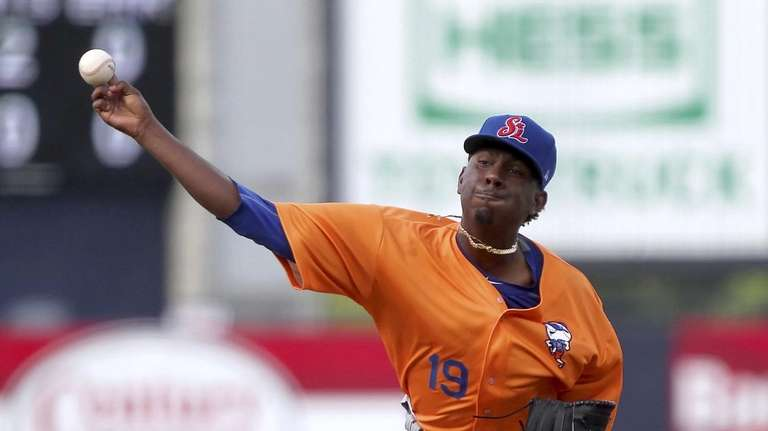 Justin Dunn pitches during a minor-league game in