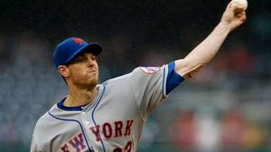 Mets pitcher Steven Matz delivers in the first