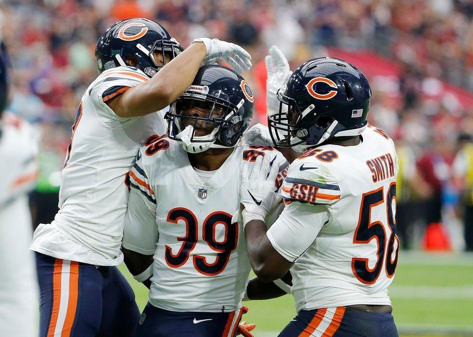 Chicago Bears defensive back Eddie Jackson (39) celebrates
