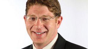 Gordon Tepper of Long Beach has been hird