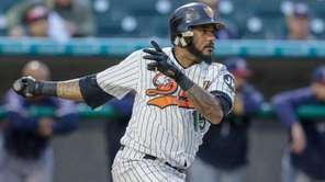 Jordany Valdespin of the Ducks grounds out in
