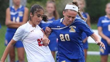 West Islip's Melanie Klein (20) and Half Hollow