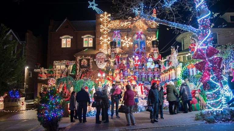 Holidays in NYC: Top 10 events for your family to celebrate | Newsday